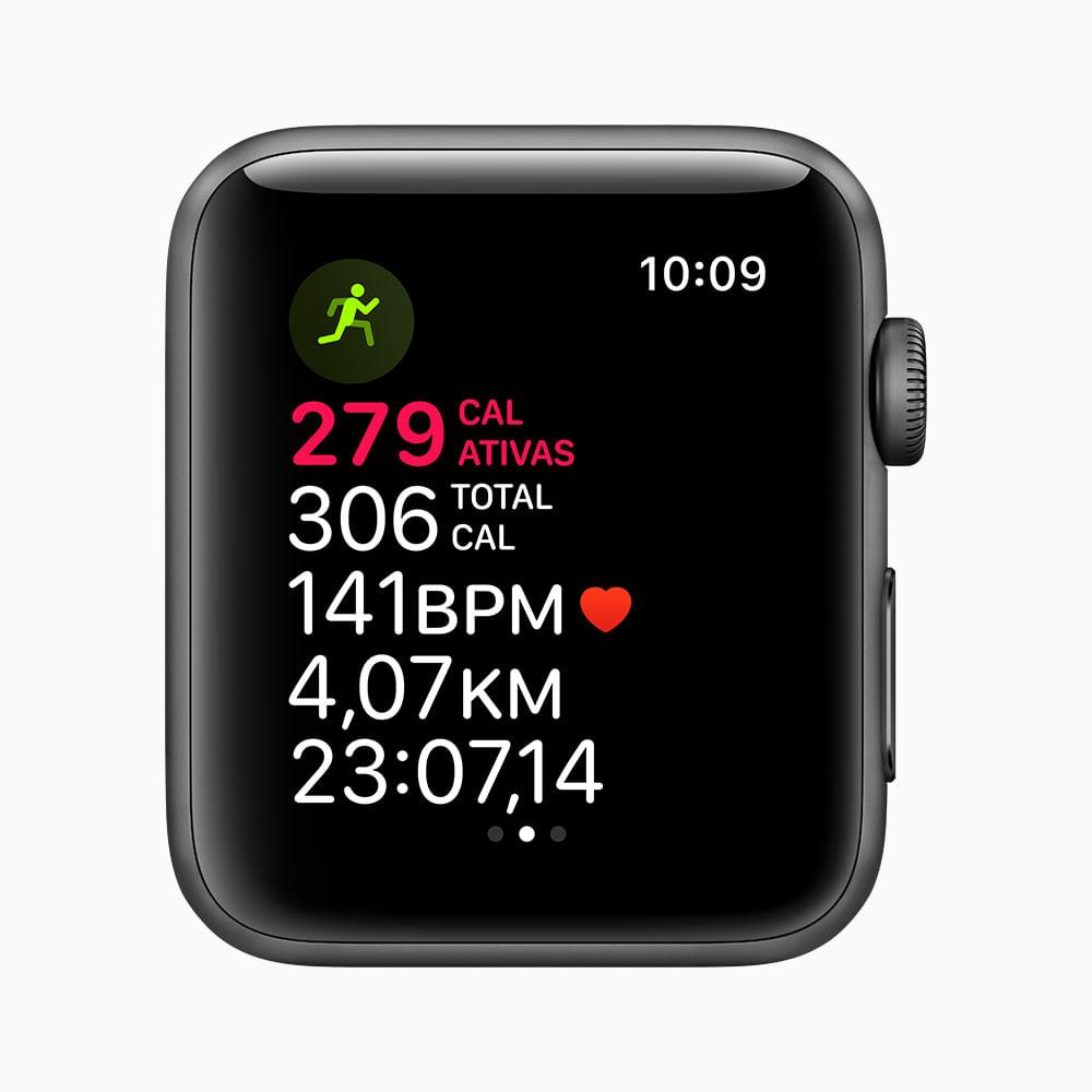 Apple Watch Series 3 GPS - 42mm - Caixa cinza-espacial de alumínio com pulseira esportiva preta - 3